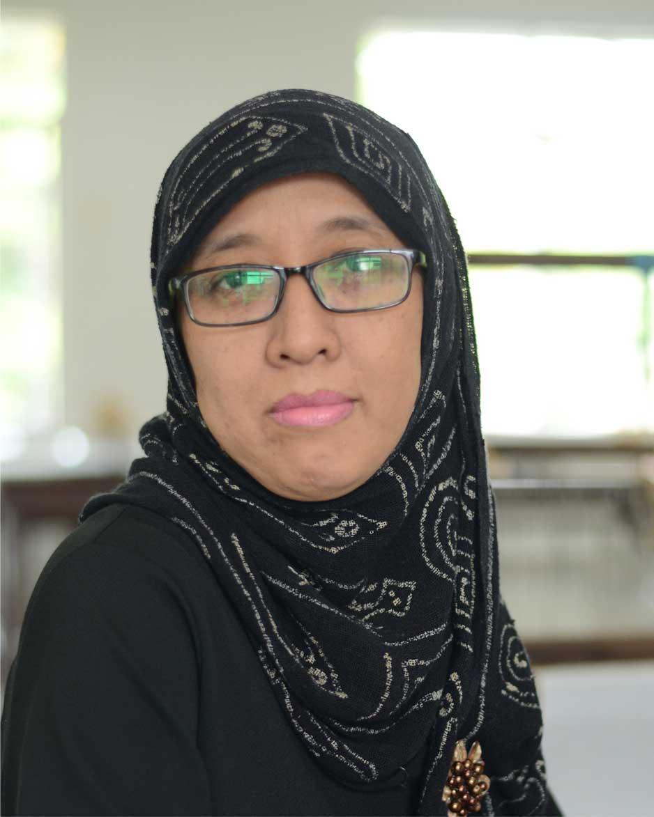 Siti Indriyani Ch,S.Sn